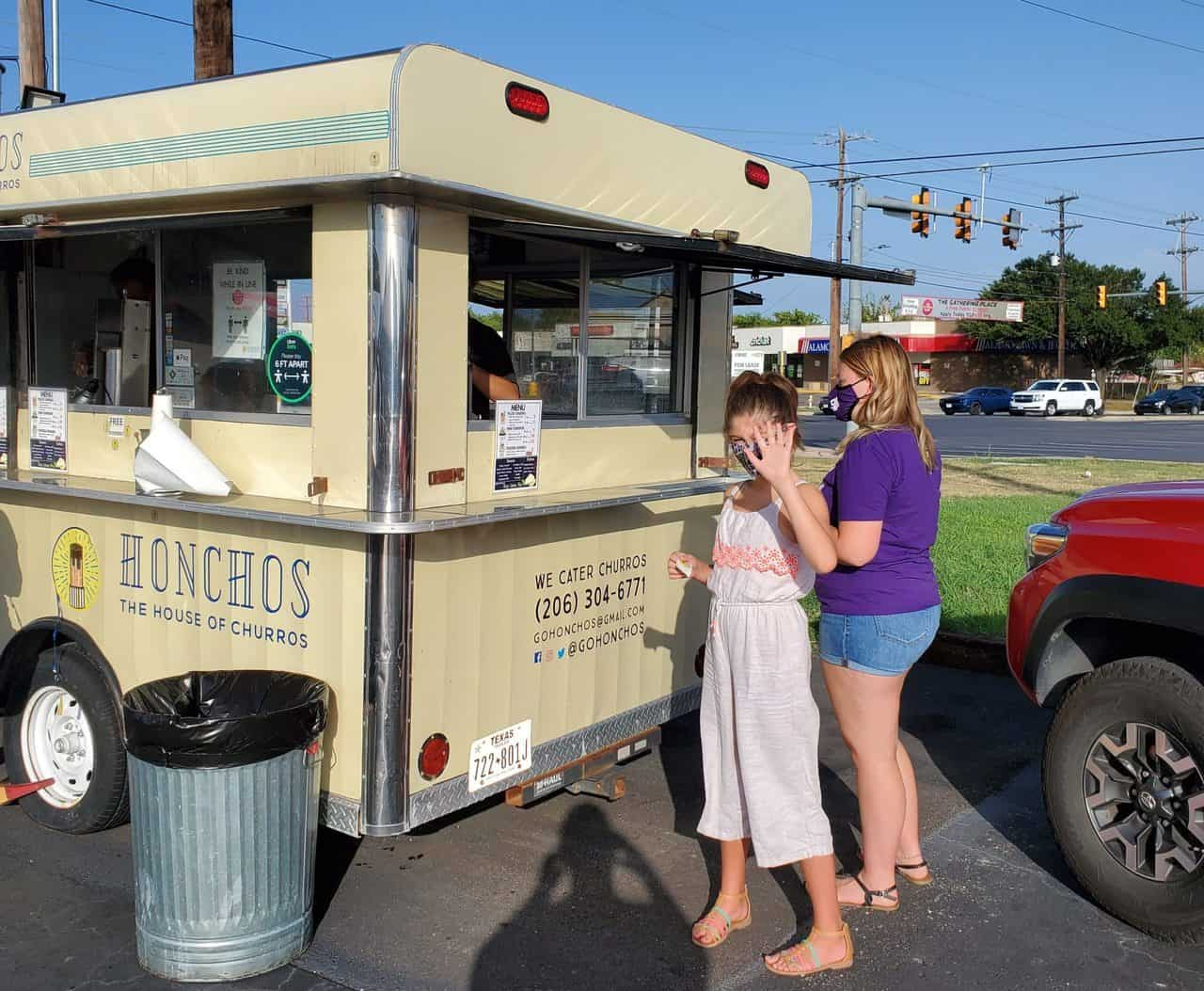 Honchos house of Churros food truck