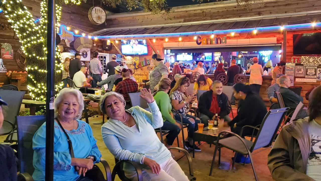 Pete's Place in Old Town Helotes